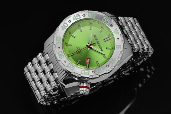 ARAGON Sea Charger Automatic 44mm Green
