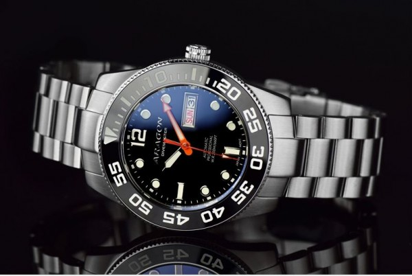 ARAGON Divemaster 42mm Black Automatic Steel