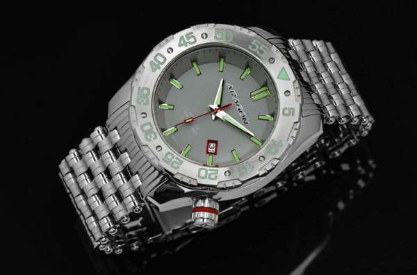 ARAGON Sea Charger Automatic 50mm Grey