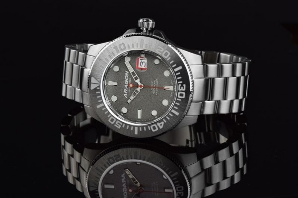 ARAGON Divemaster III Grey Automatic 45mm Steel