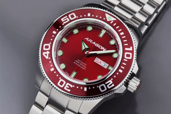 ARAGON Divemaster Automatic 50mm Red